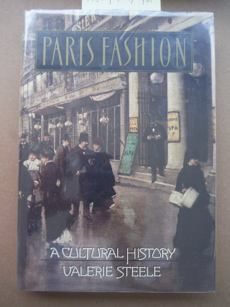 Image 0 of Paris Fashion: A Cultural History