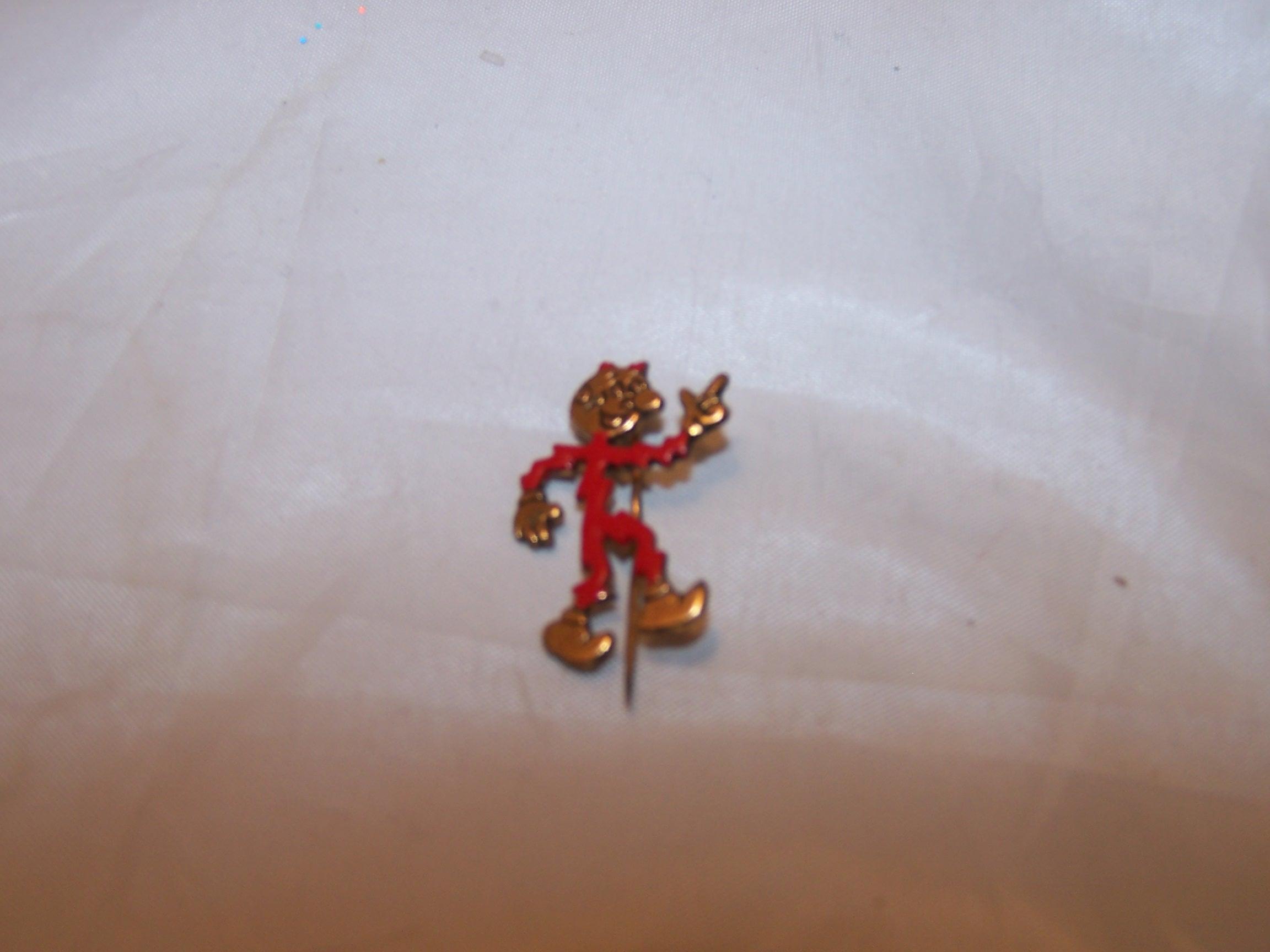 Reddy Kilowatt, The Mighty Atom, Pin