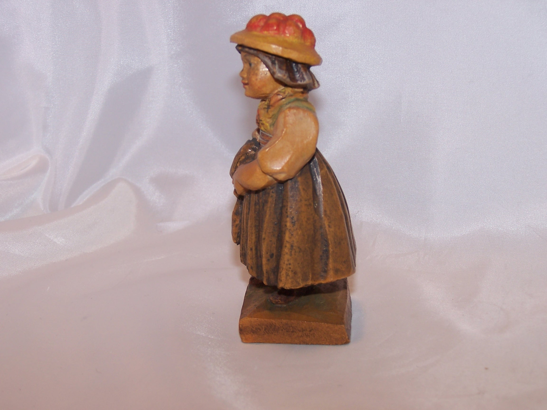 European woman figurine hand carved wooden wood