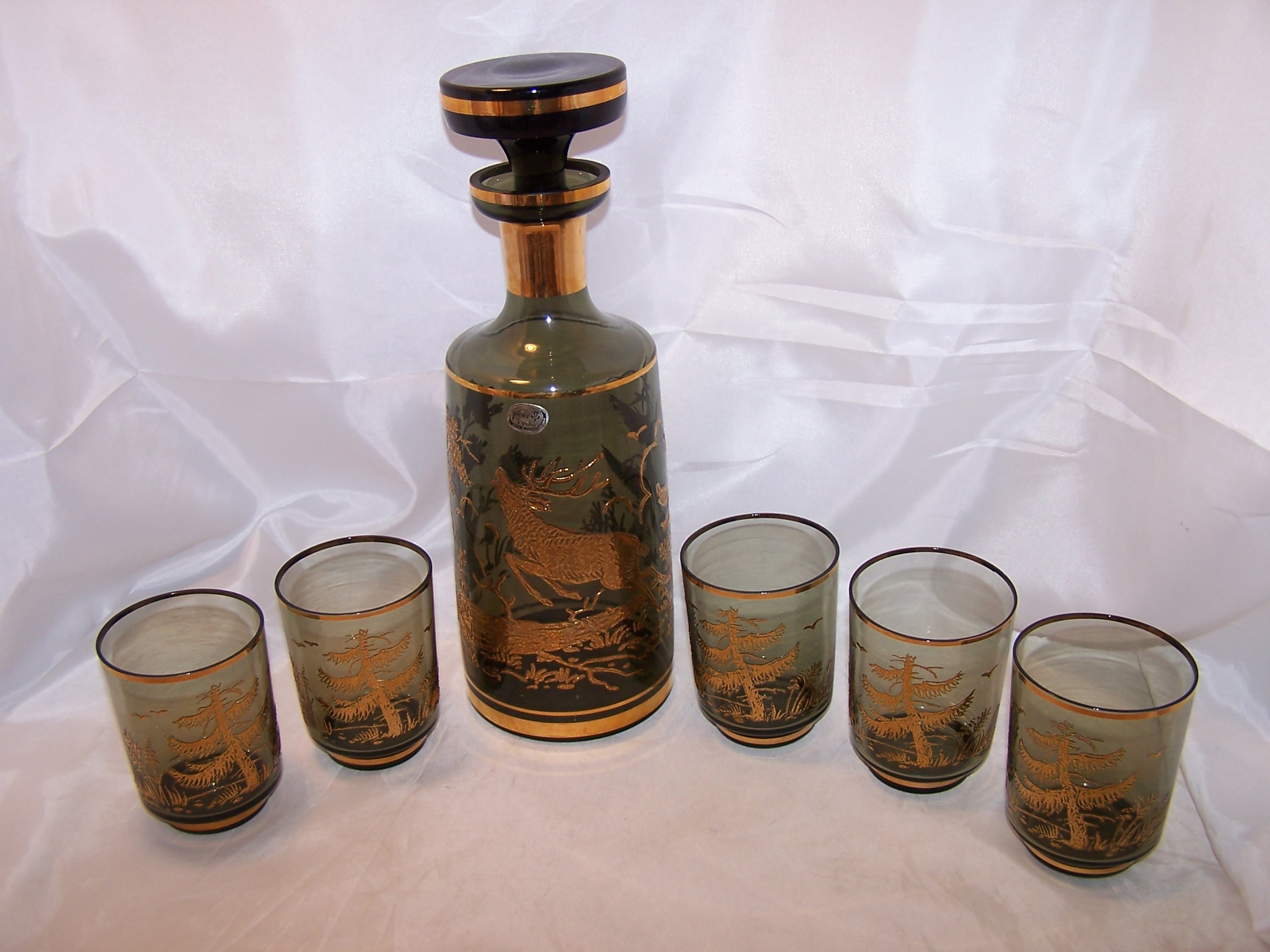 Bohemia Decanter, Glasses