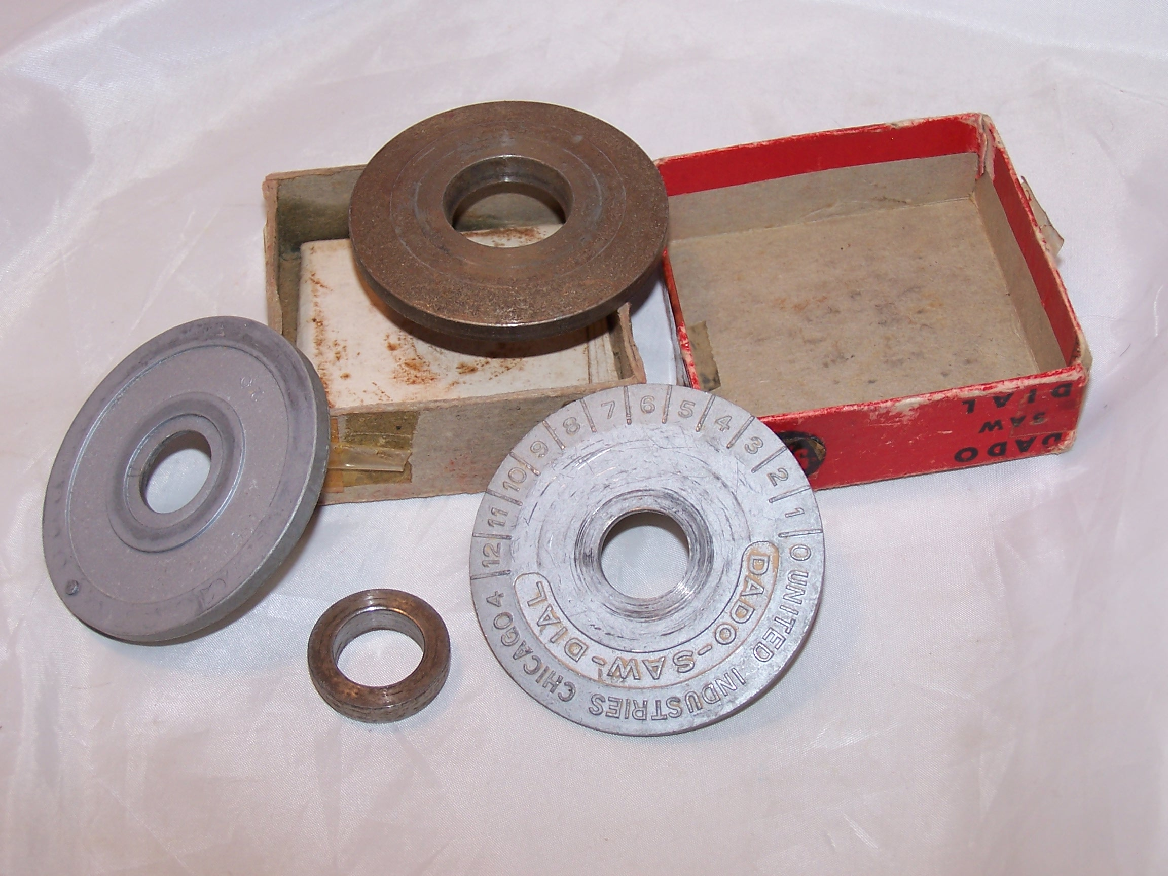 Image 2 of Dado Saw Dial, Vintage, United Industries Inc, Chicago