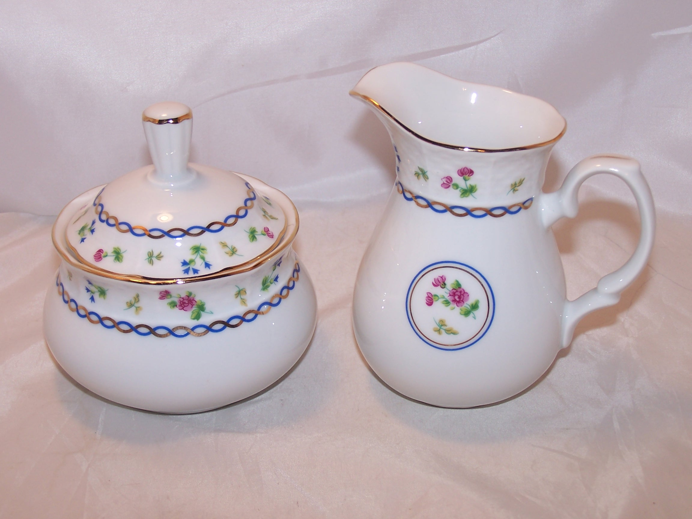 Baum Bros Thun Porcelain Creamer and Sugar, Czechoslovakia