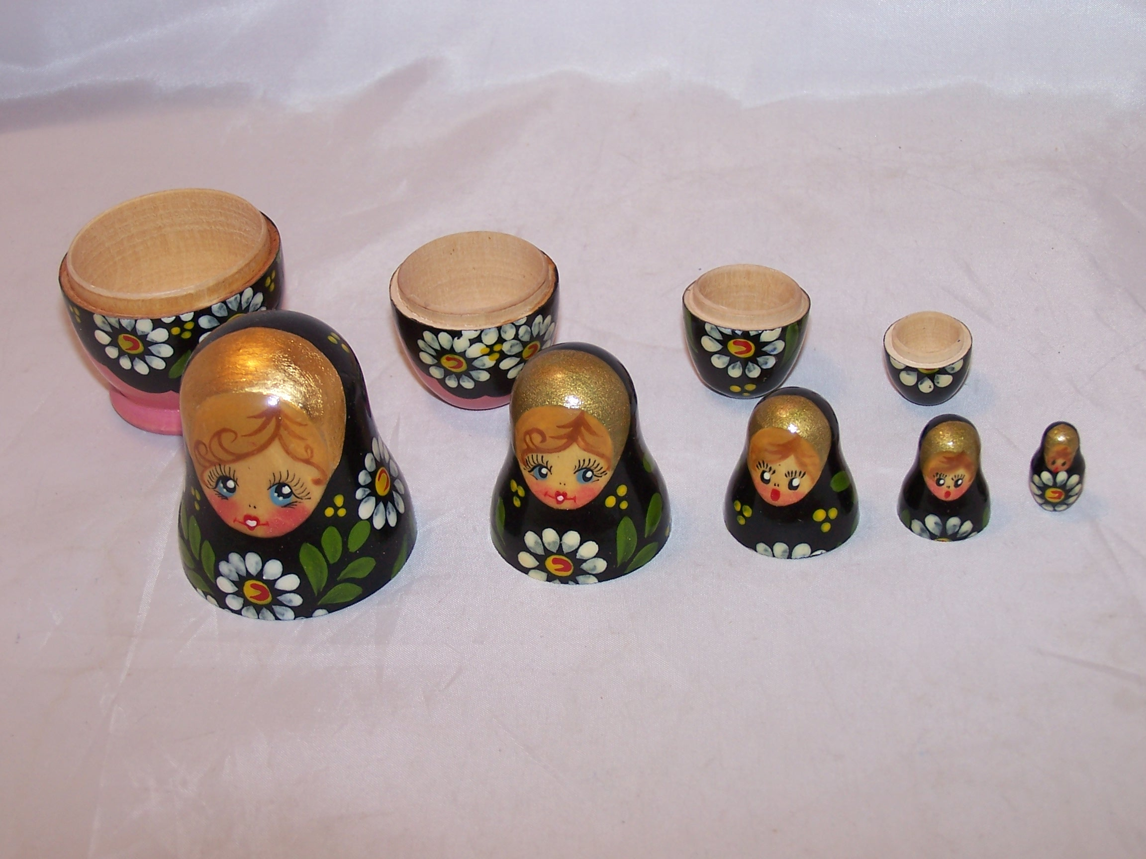 Nesting Doll in Black, Pink w Daisies, 5 Levels, Wood