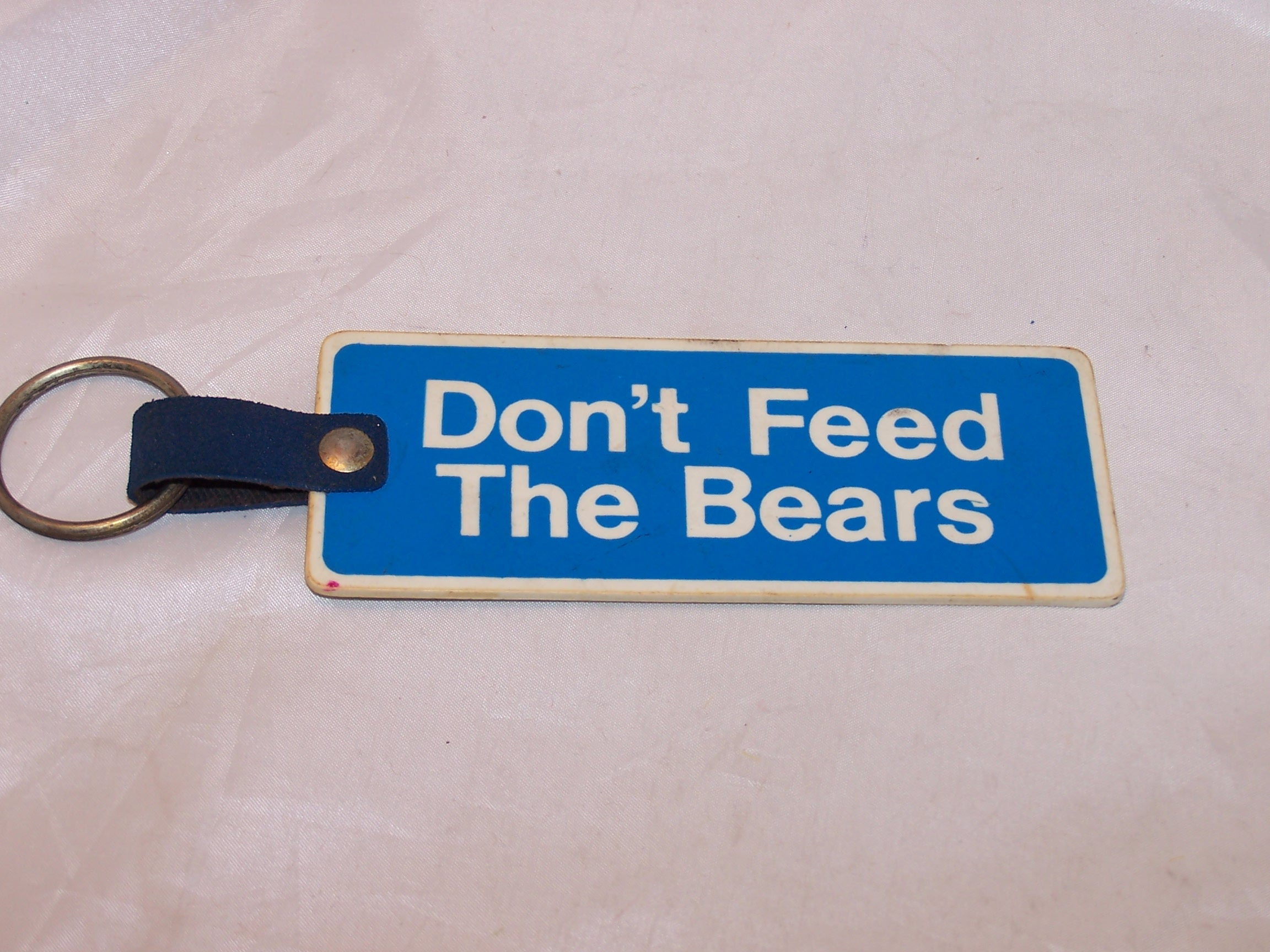 Don't Feed the Bears, Retro 70s CB Radio Keychain, Call Numbers