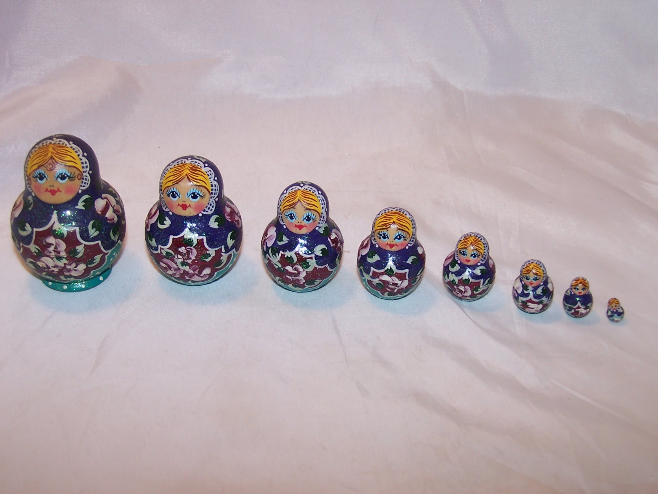 Nesting Doll in Blue with Flowers, 4 Levels, Wood