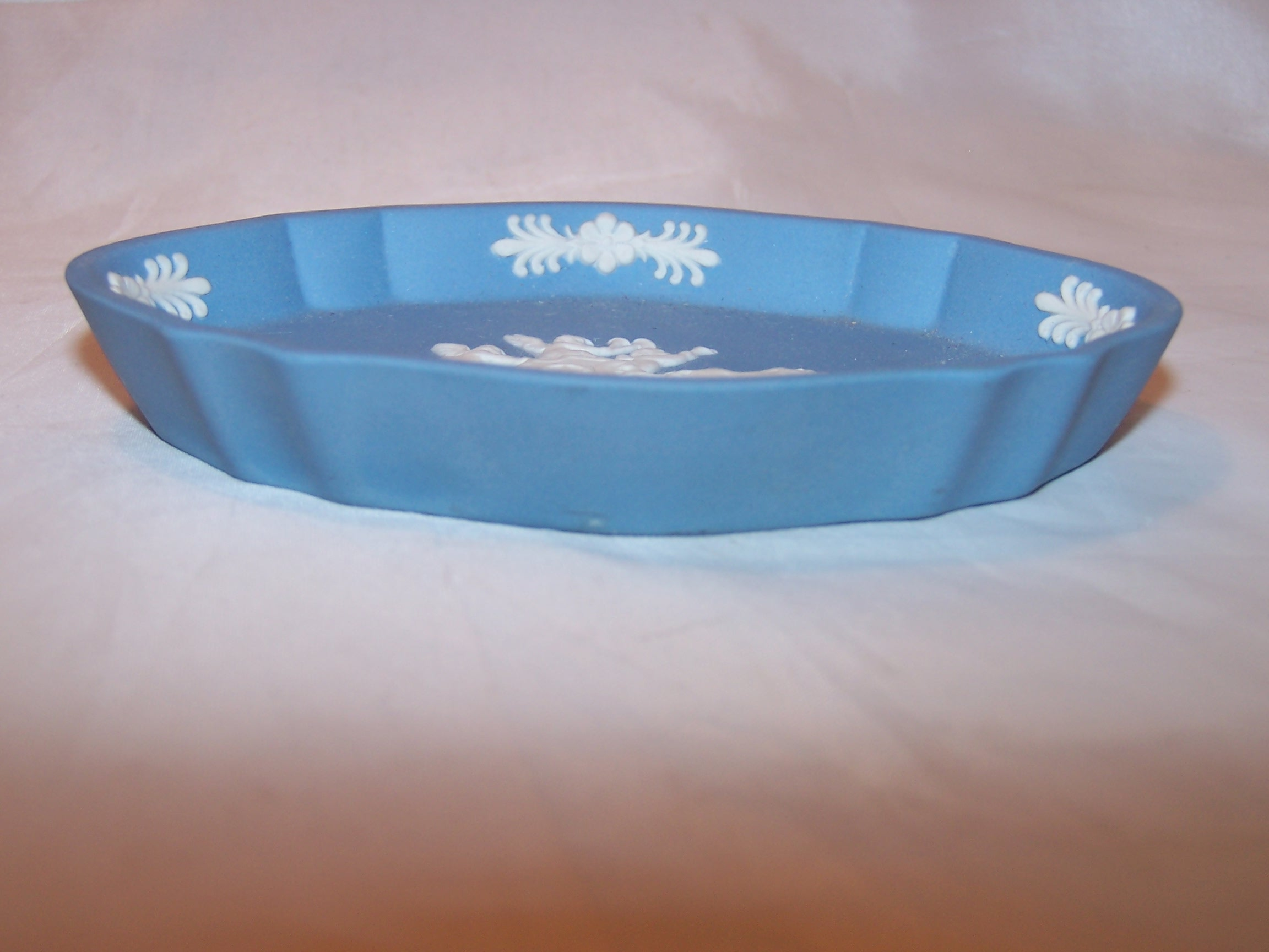 Image 2 of  Wedgwood Jasperware Oval Dish