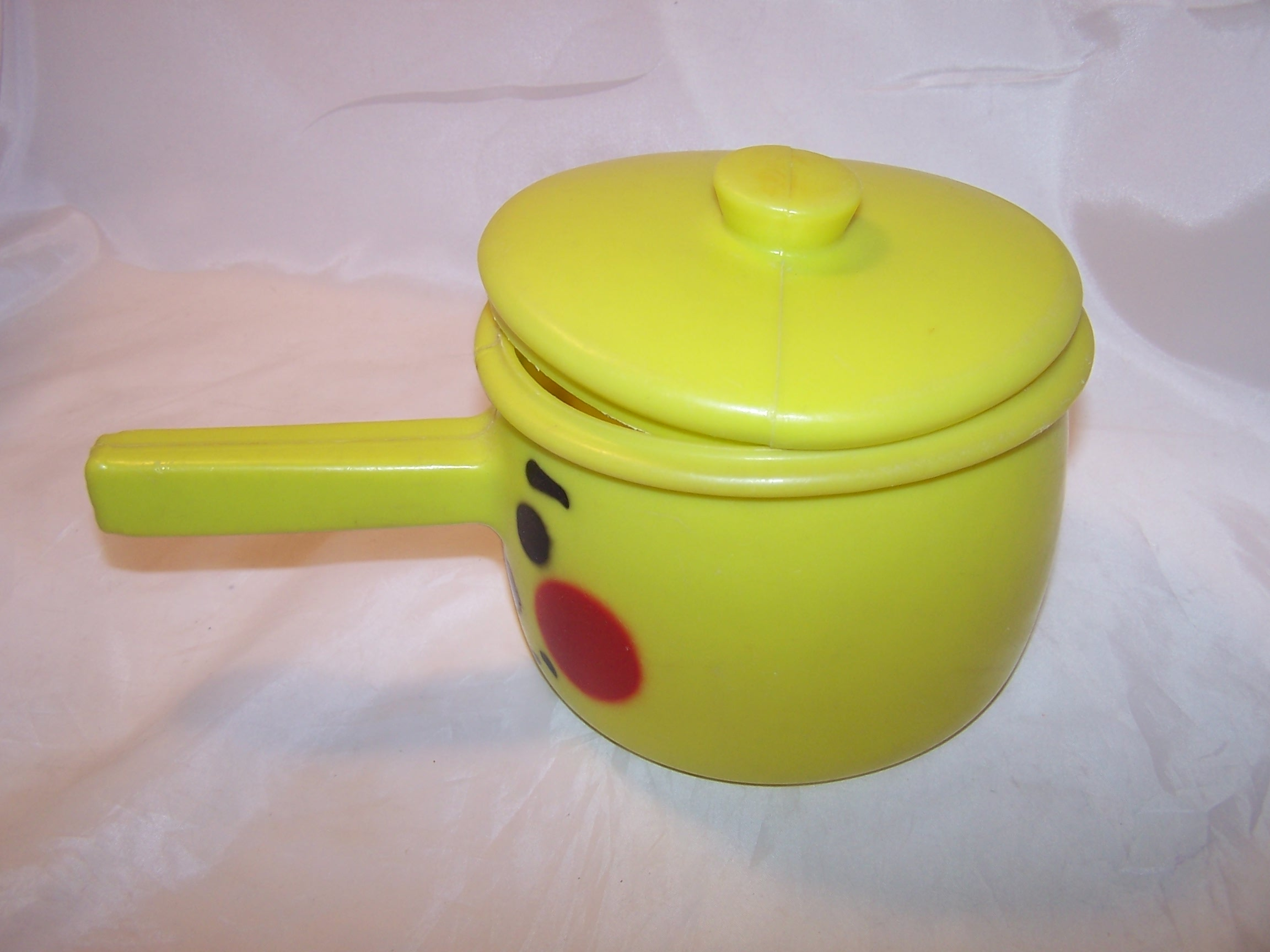 Happy Pot And Friends W Play Foods Vintage Tanda England