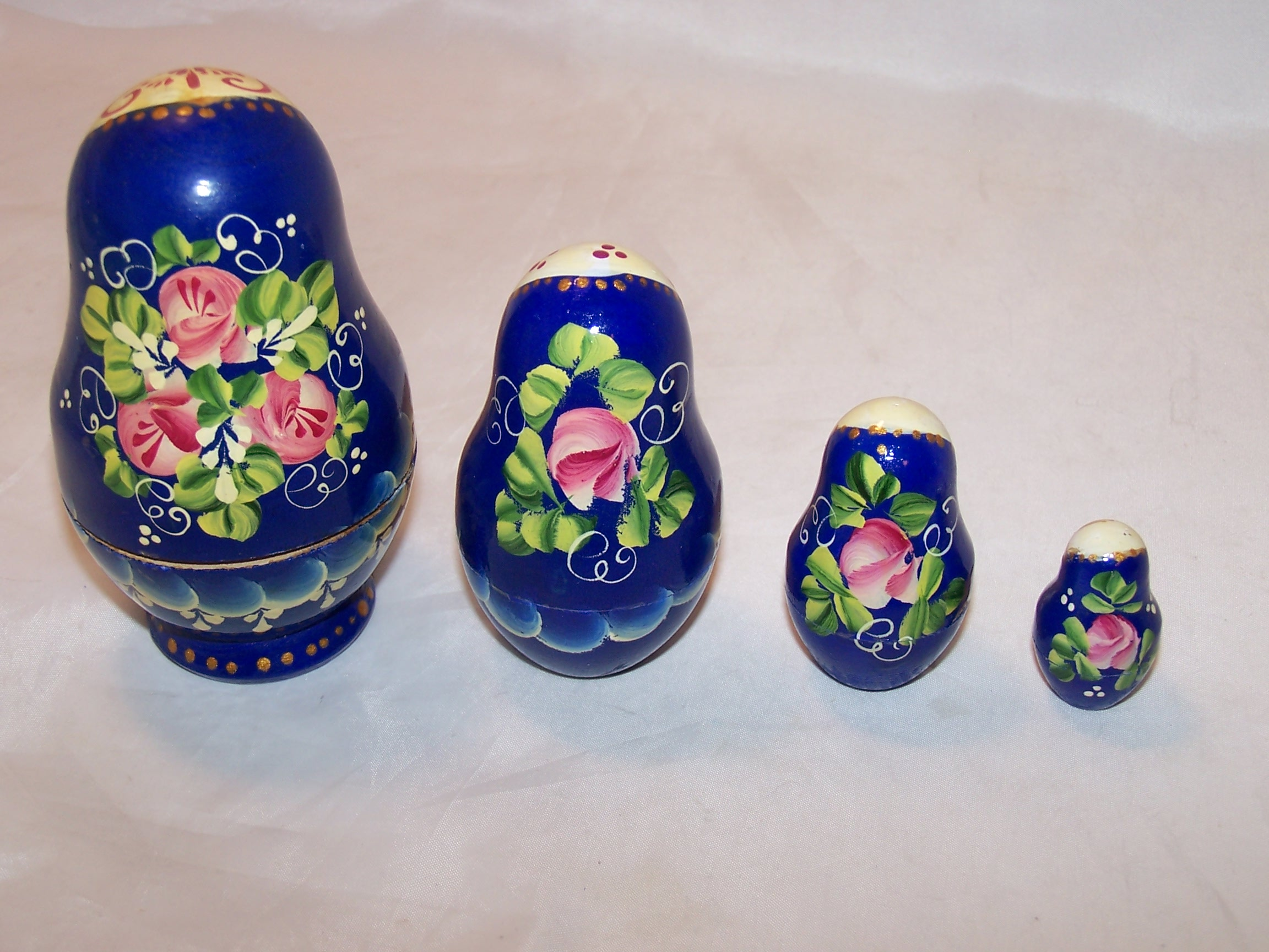 Image 1 of Nesting Doll in Blue with Flowers, 4 Levels, Wood