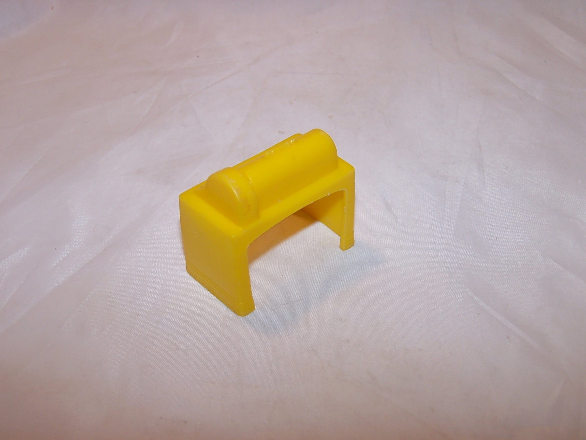 Image 2 of Dollhouse Yellow Appliance Table, Plastic, Vintage