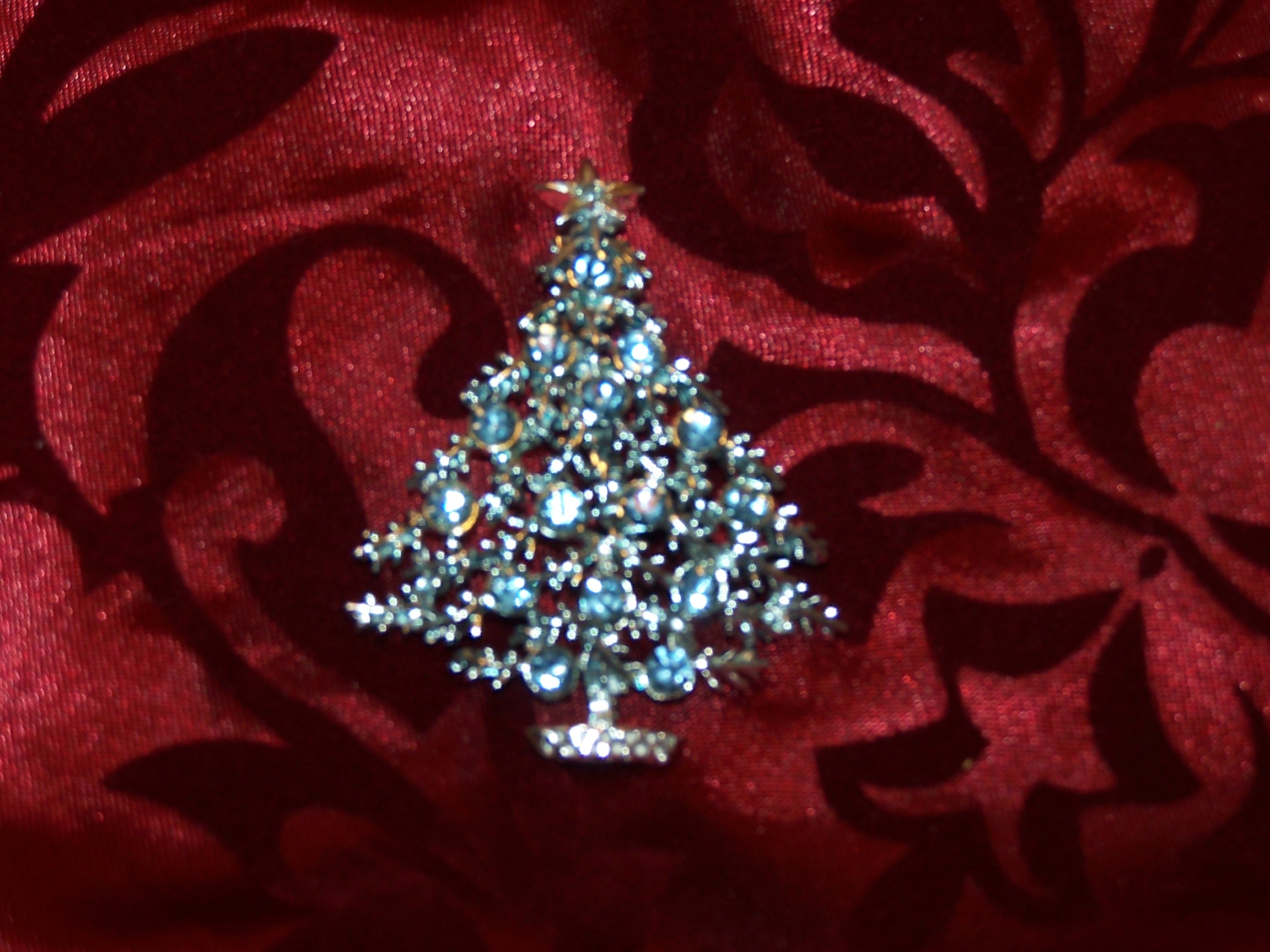 Christmas Tree, Blue and Silver, Pin Brooch