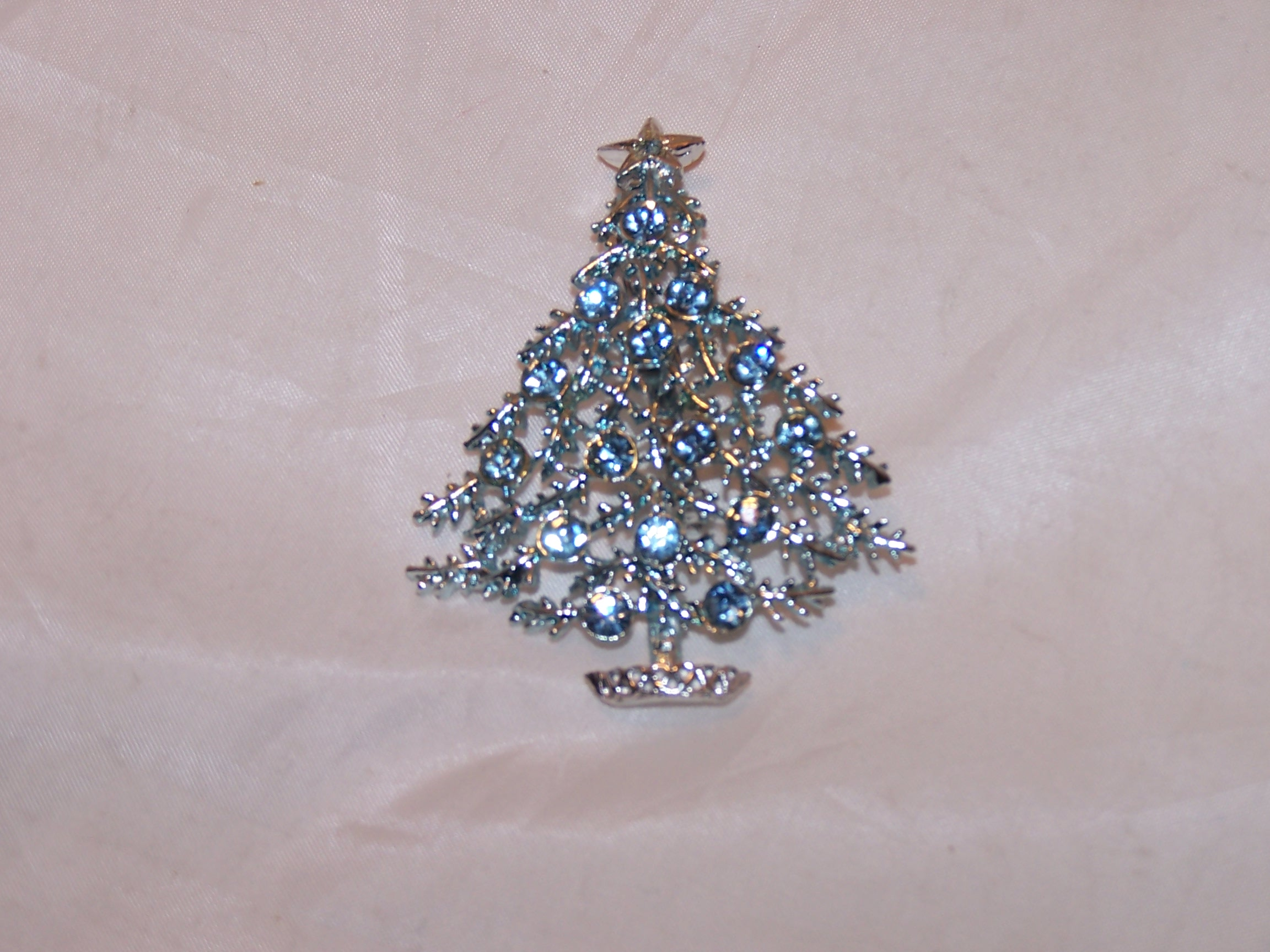 Image 1 of Christmas Tree, Blue and Silver, Pin Brooch
