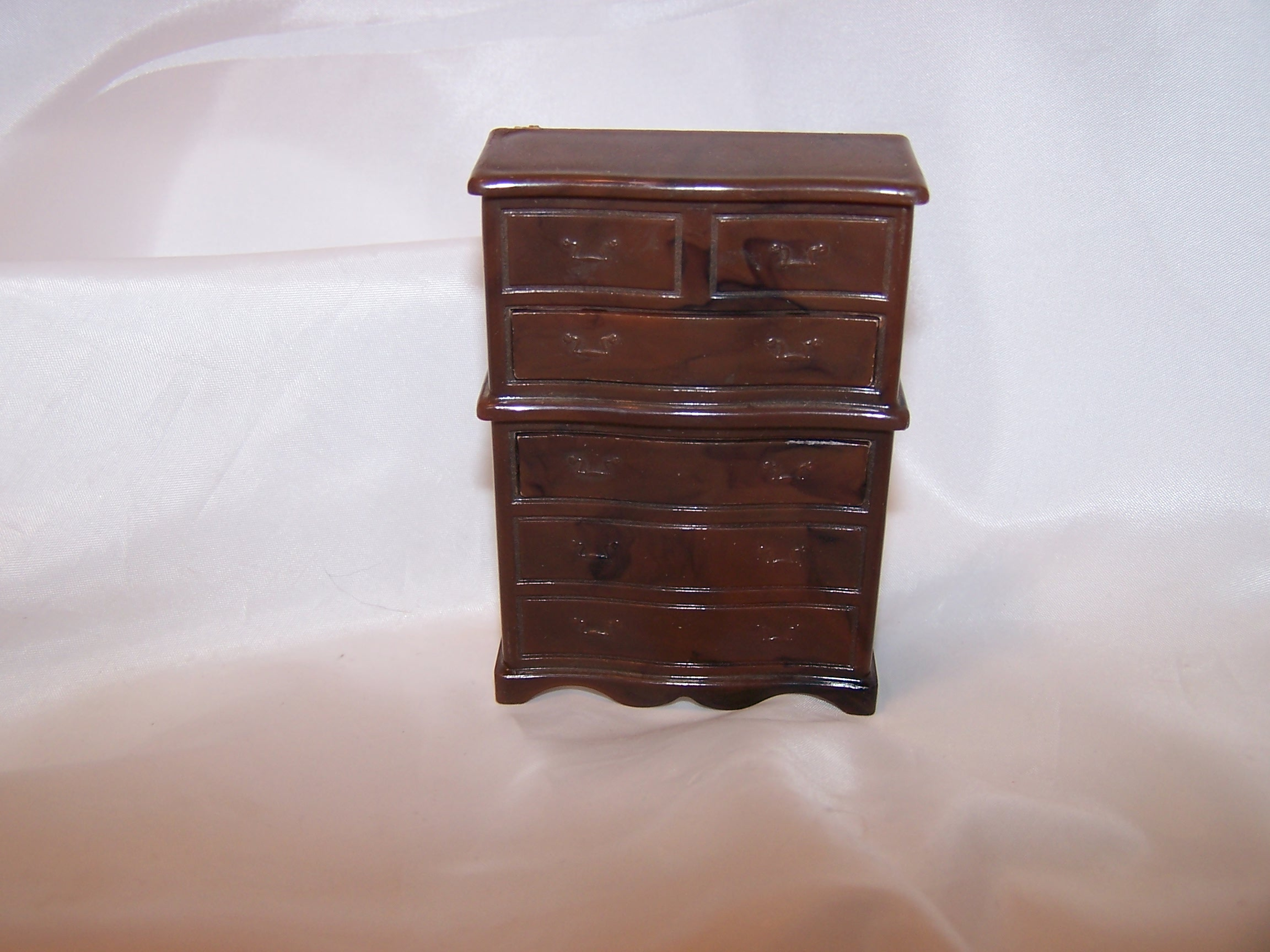 Dollhouse Dresser, Working Drawers, Renewal, Made in USA