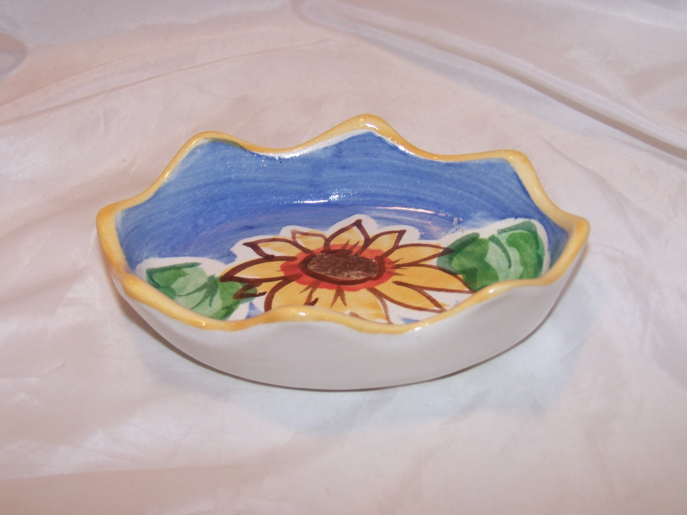 Image 1 of Fioriware Soap Dish Sunflower Handcrafted Ohio