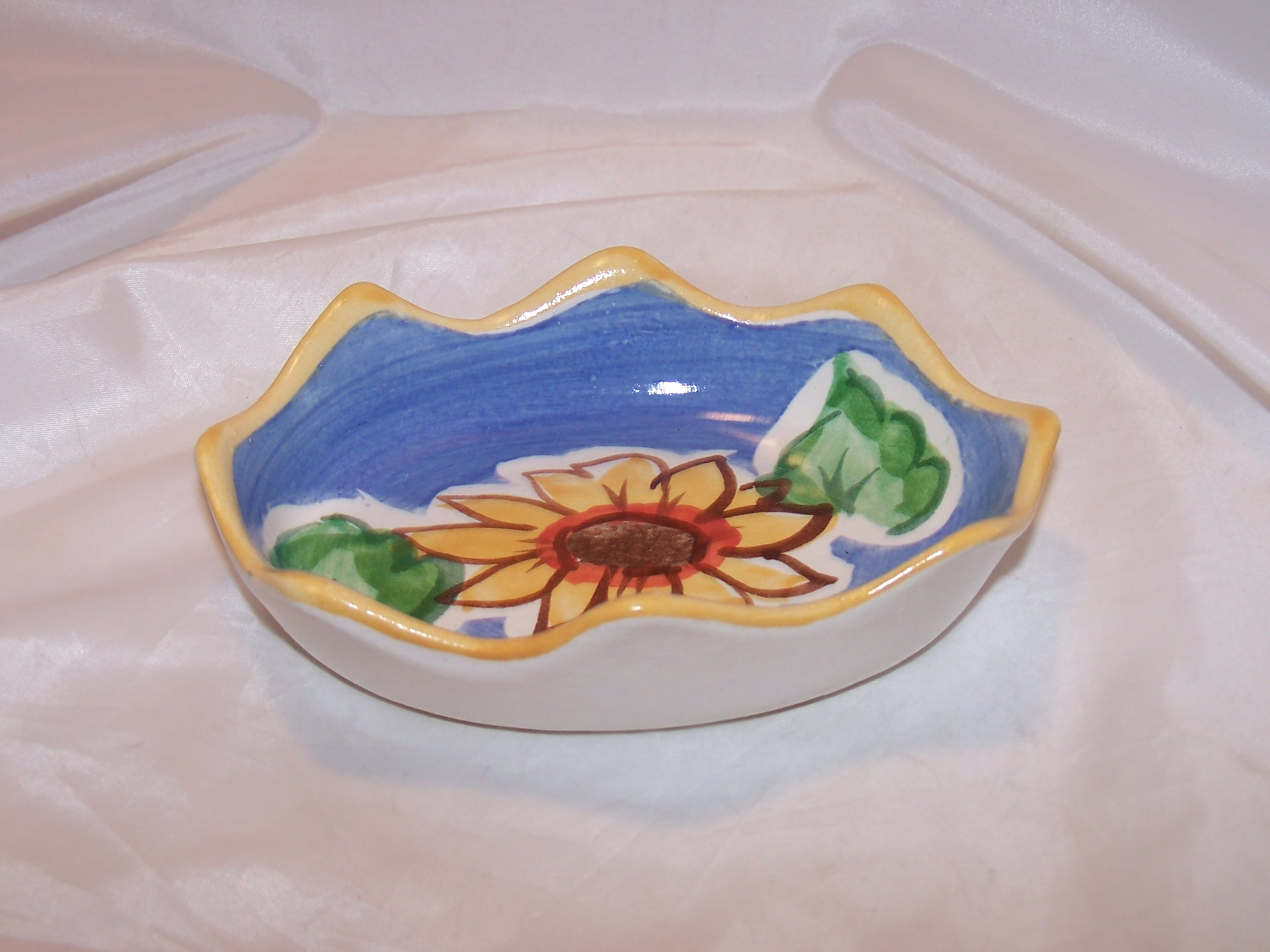 Image 3 of Fioriware Soap Dish Sunflower Handcrafted Ohio