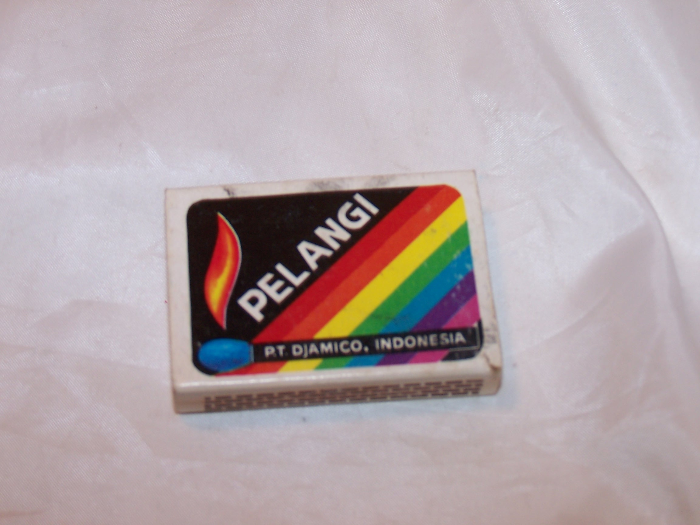 Image 2 of Rolling Stones Matchbox, Indonesia, Pelangi