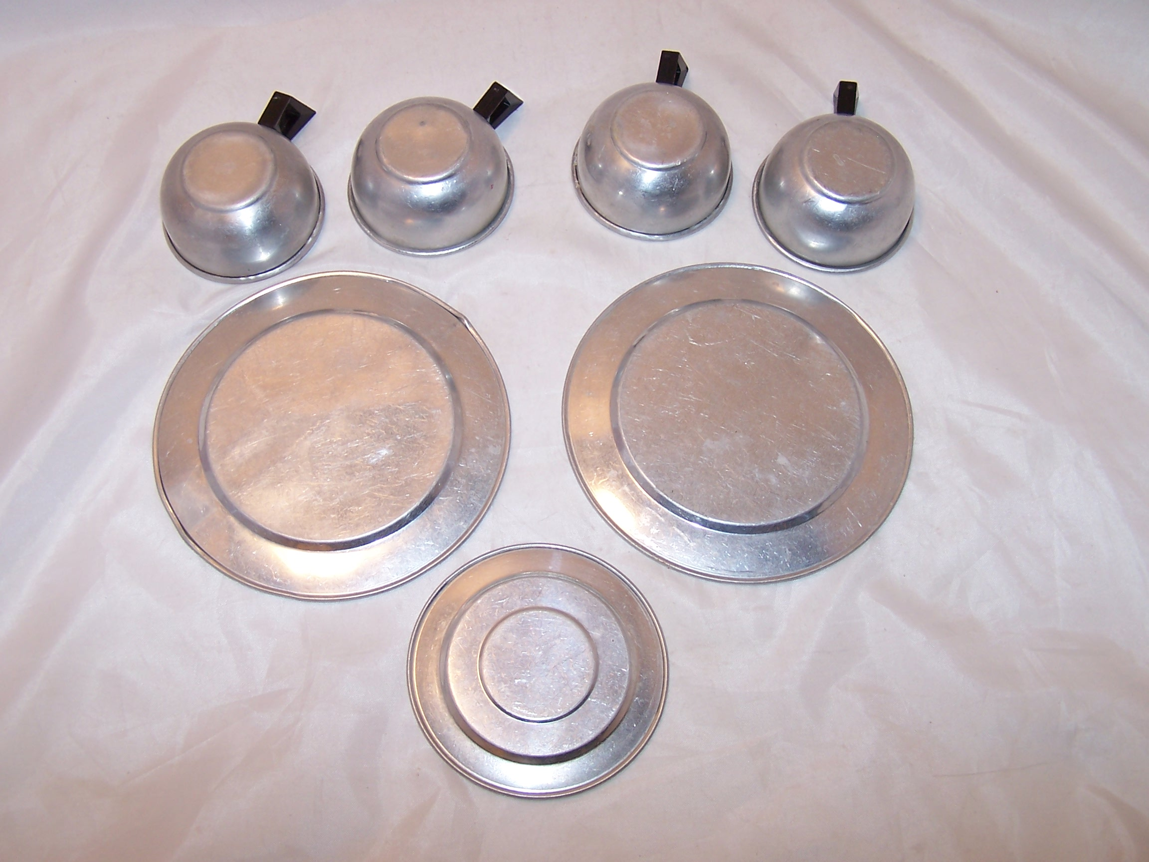 Image 2 of Toy Cups, Saucer, Plates, Aluminum, Vintage Childs Toy