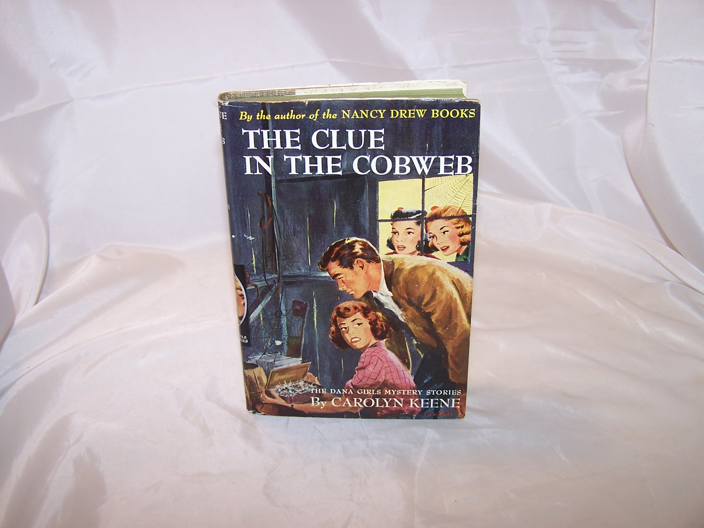Dana Girls The Clue in the Cobweb, Carolyn Keene, w Dust Jacket