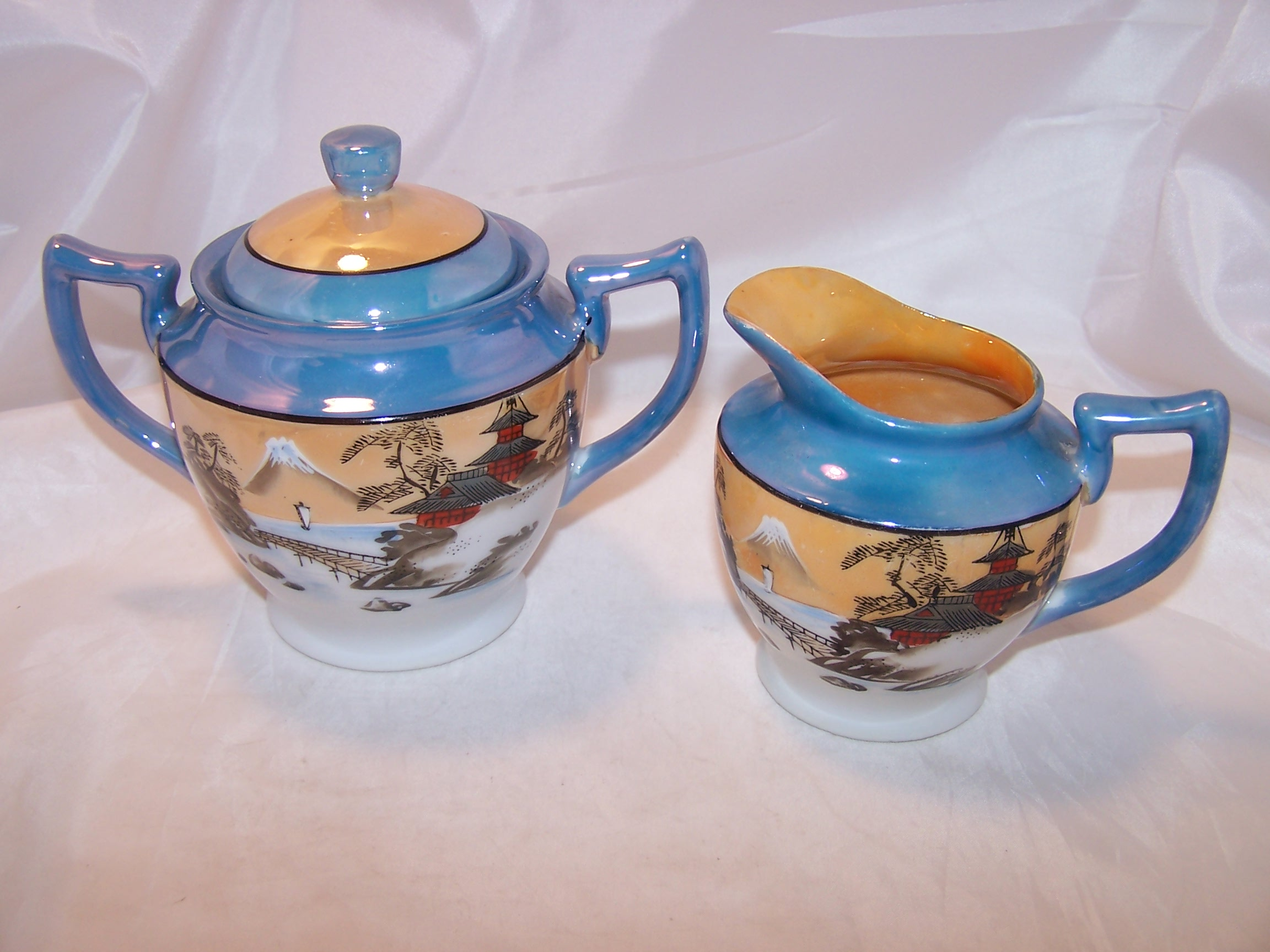 Lusterware Creamer, Sugar Bowl, Hand Painted, Japan, Double Diamond T
