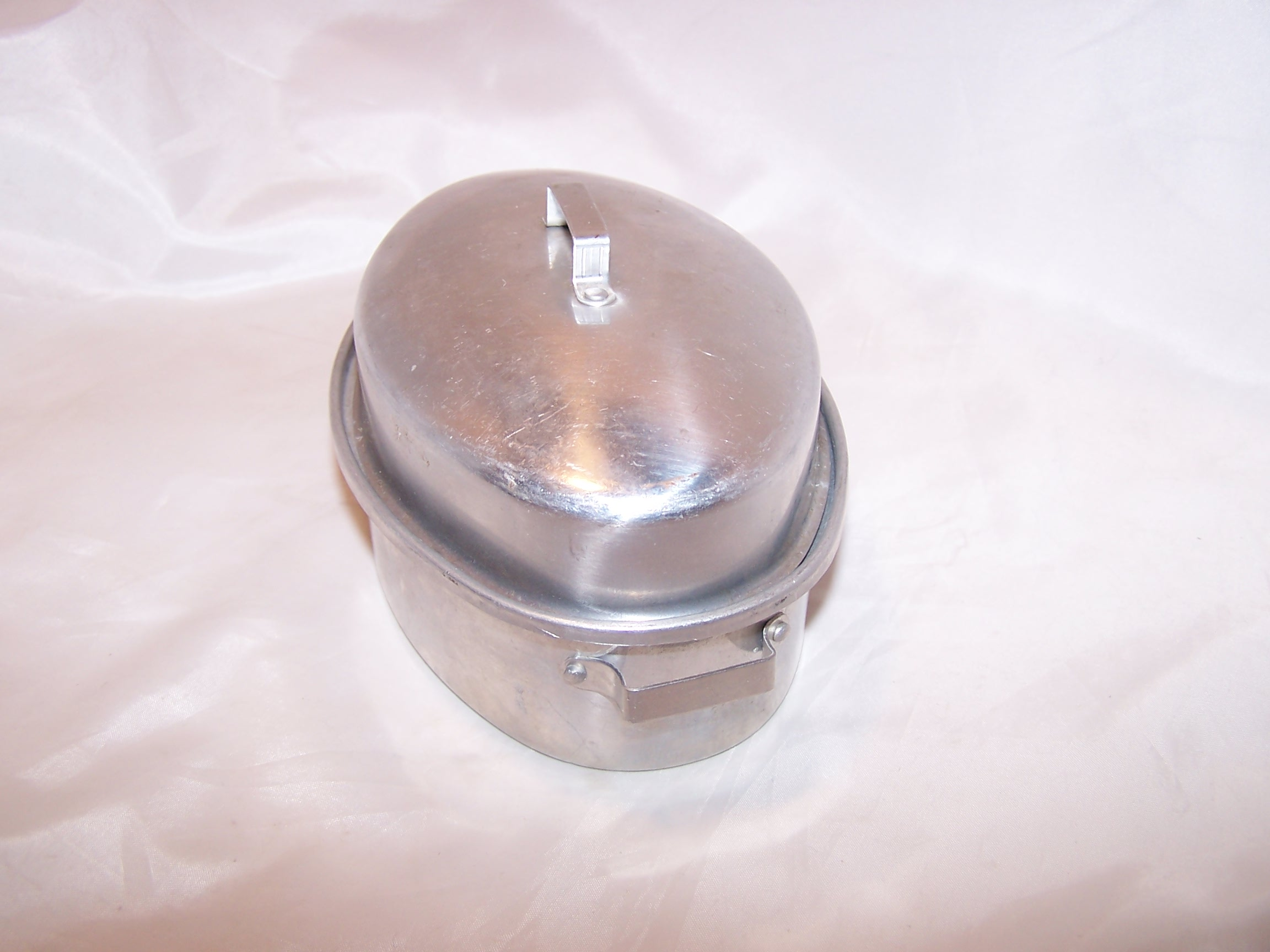 Image 3 of Toy Roaster w Lid, Aluminum, Vintage Childs Toy