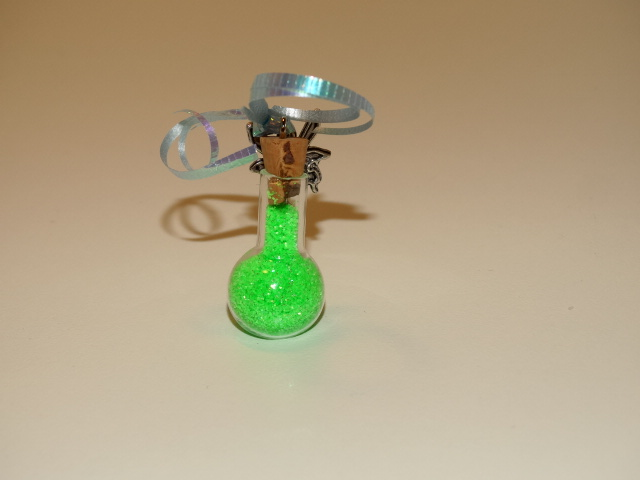 Image 2 of Fairy Dust, Green, w Fairy