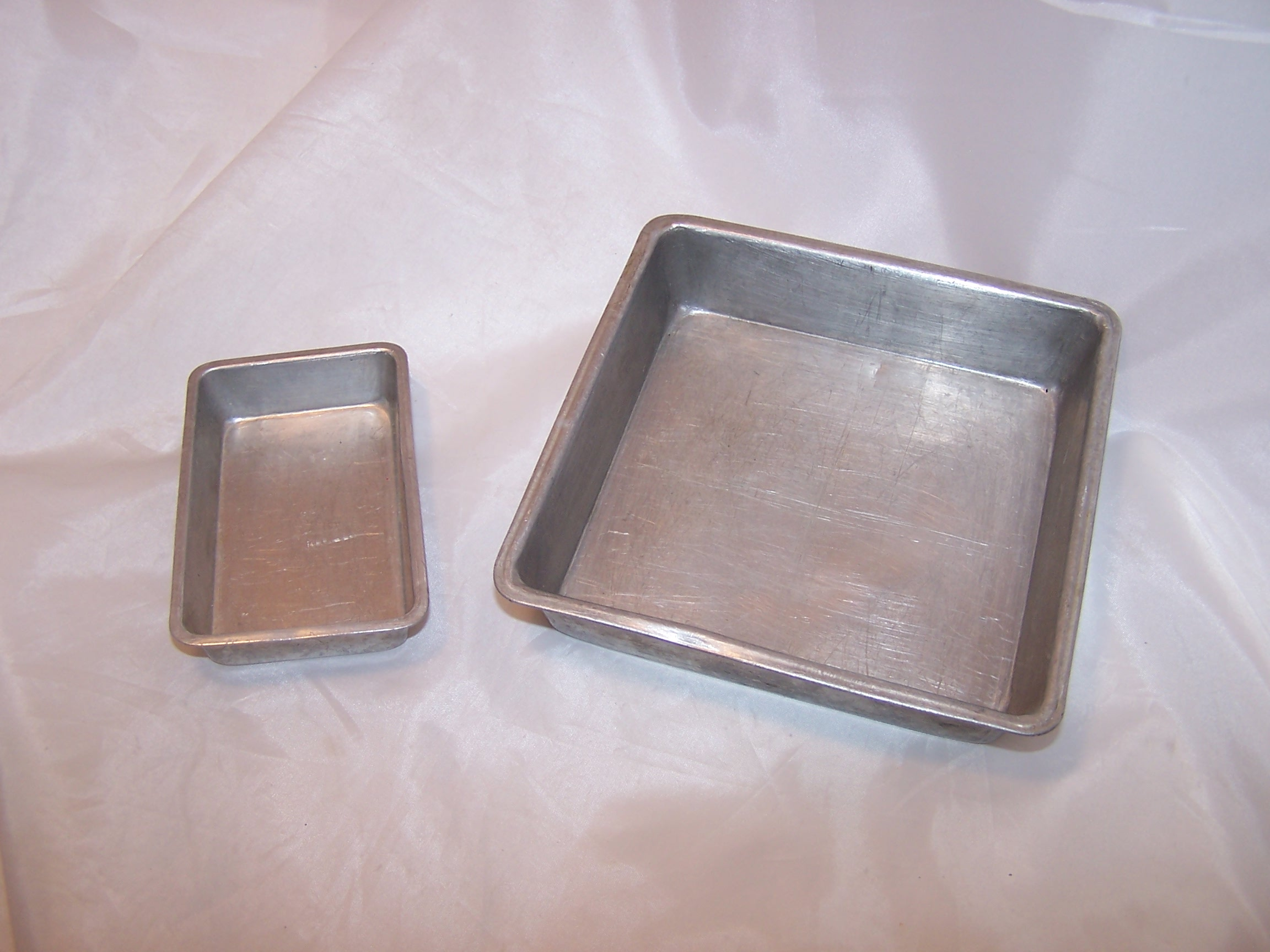 Toy Baking Pans, Childs Cookware, Aluminum