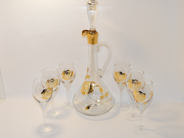 Golden Rose Decanter, Glasses
