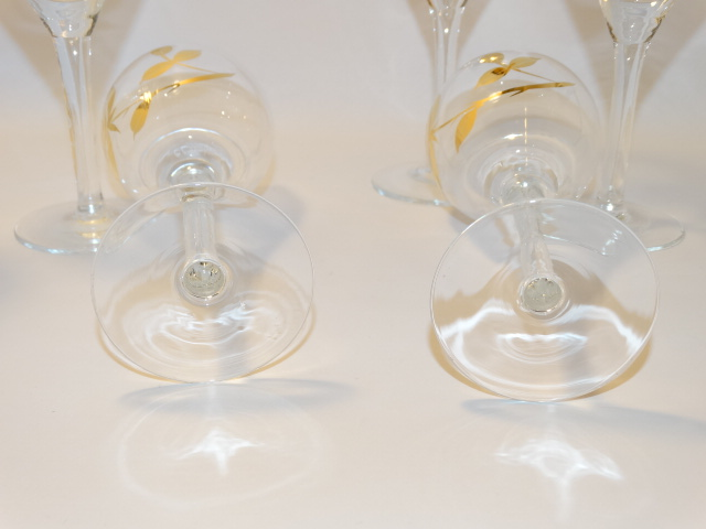 Image 13 of Decanter w Six Glasses, Crystal w Gold Roses