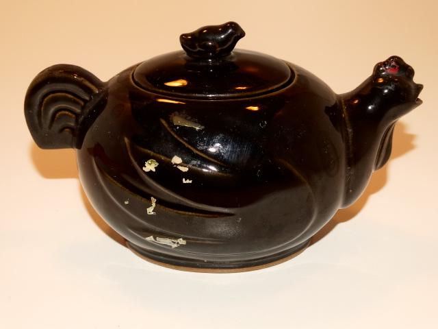 Image 2 of Teapot Chicken and Chick Tea Pot