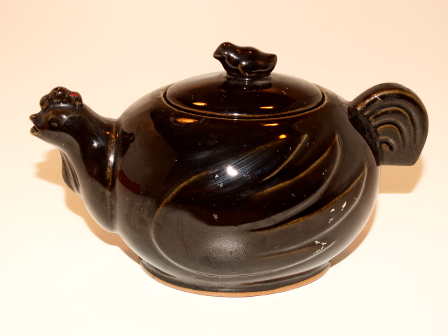 Teapot Chicken and Chick Tea Pot