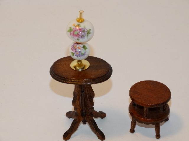 Dollhouse Gone With the Wind Lamp, Tables