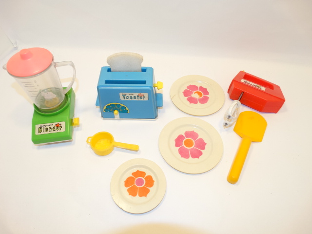 Chilton Toys Kiddy Matic Blender, Toaster, Mixer, Dishes, Vintage Childs Toy
