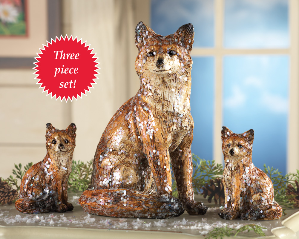 Image 0 of Tabletop Family of Four Foxes