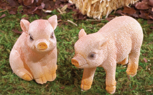 Image 3 of Mama Pig and 3 Piglets Figurines