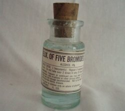 Antique Apothecary medical pharmacy bottle Elixir of 5 Bromides