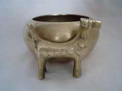 '.Chinese Brass Bowl Airedale.'