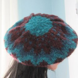 Ganesh Himal wool hat beret Burgundy and Teal