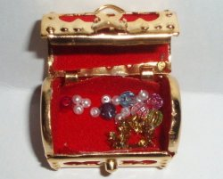 '.Dollhouse Teasure Chest & Gems.'