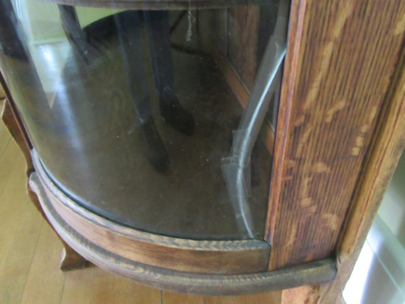 Image 6 of Antique Oak Curio Cabinet. Flat glass door, half round sides.