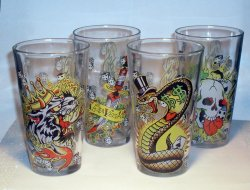 Ed Hardy Gambler Pint Glass Set of 4 16 Oz EH68161