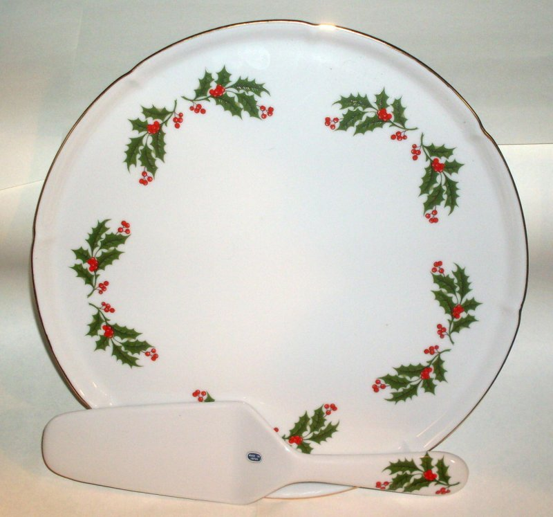 Christmas Holly Porcelain Cake Plate with Matching Server
