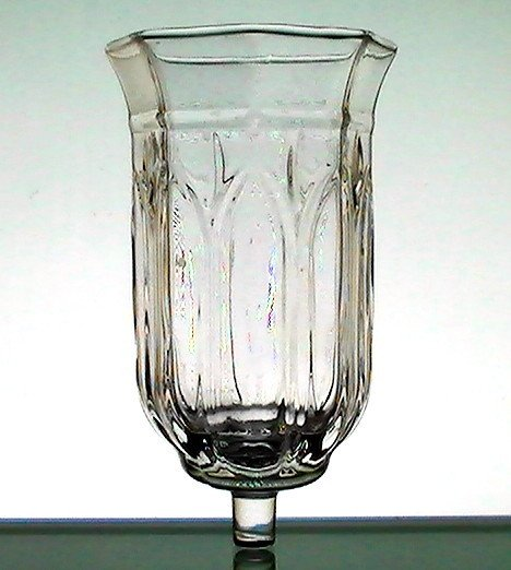 Home Interiors Astoria Peg Votive Hurricane Candle Holder