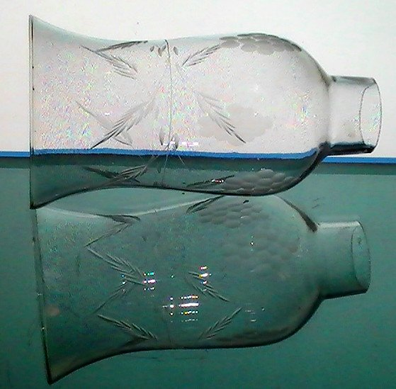 Hurricane Shade Etched Flared 1 5/8 Fitter x 7 h x 3.75 Princess House