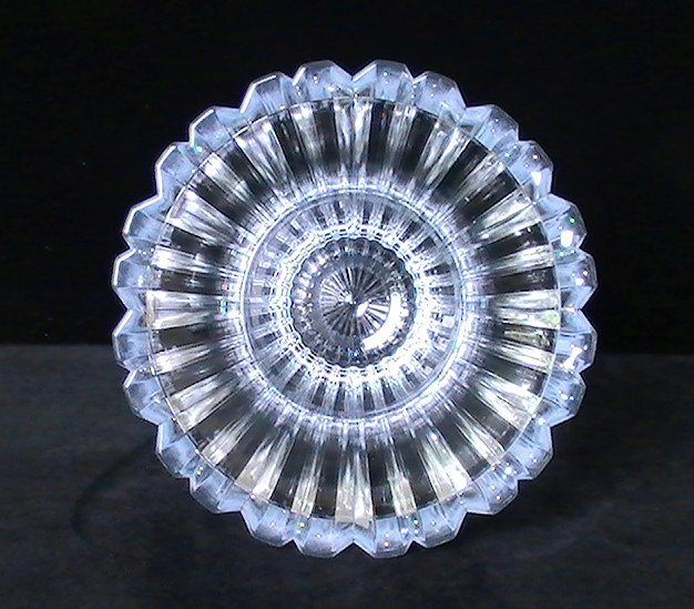 Flower Vase Fine Crystal Beveled Ridges 8 Inch X 6 5 Clear