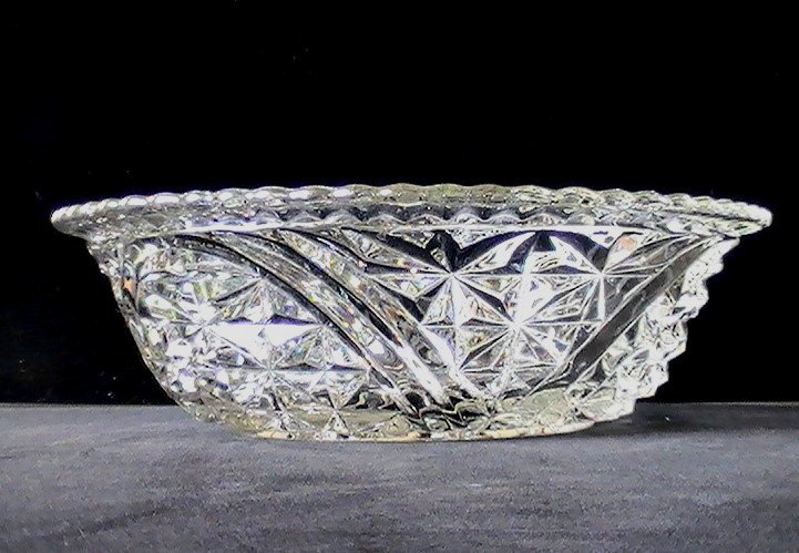 Thousand Lines 10.5 inch Bowl aka Stars & Bars by Anchor Hocking Crystal Vintage