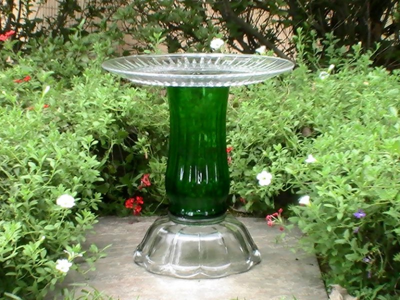 Glass Garden Ornament Bird Bath Planter Pedestal Green