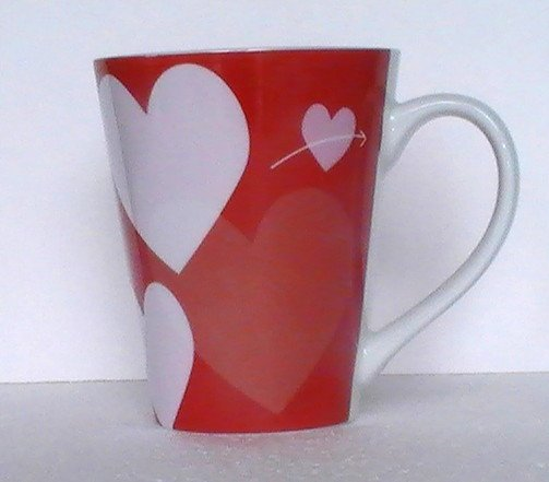 Coffee Cup Mug Starbucks 2014 Hearts Red White 12 OZ