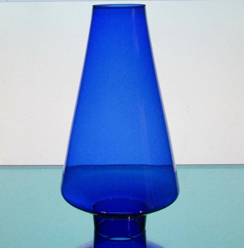 Hurricane Shade 2 inch fitter x 8.5 x 2 top rim Cobalt Blue