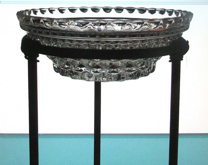 Hanging Candle Bowl 5 3/8 x 2 in a 4 3/8 inch ring