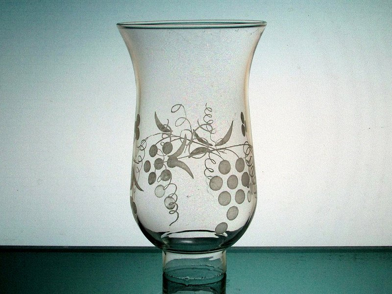 Hurricane Shade Grape Clusters 1 5/8 inch fitter x 5.75 with 3/8 inch neck