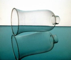'.Lamp Shade 1 5/8 inch fitter.'